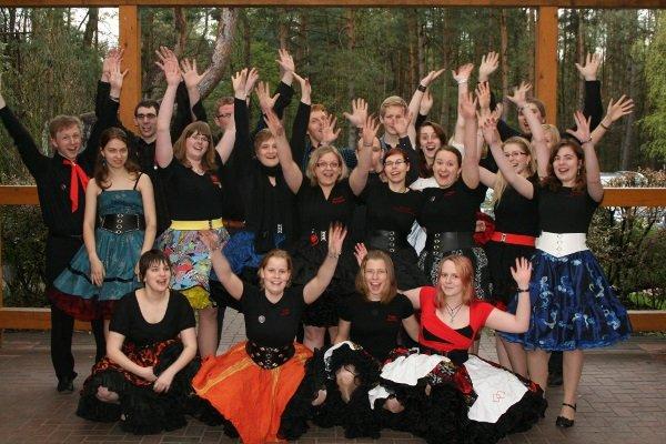 Gruppenfoto Jugendtanz in Kirchlinteln, 20.-22. April 2012, © Lion Squares Germany e. V.